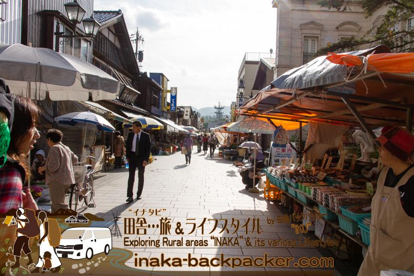 石川県輪島の朝市を歩く。