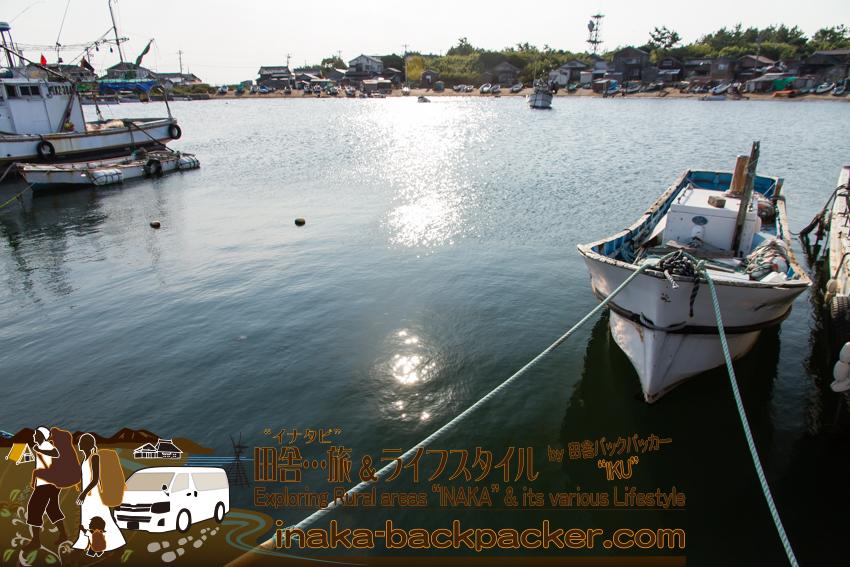 舳倉島の港 / Port of Hegura Jima Island.