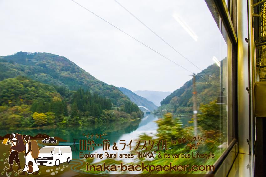富山本線内からの景色