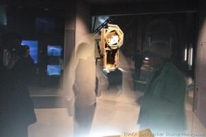 長崎市 長崎原爆資料館 ぼろぼろになったぜんまい振り子時計は11:02AM原爆の時間を記憶して止まっている