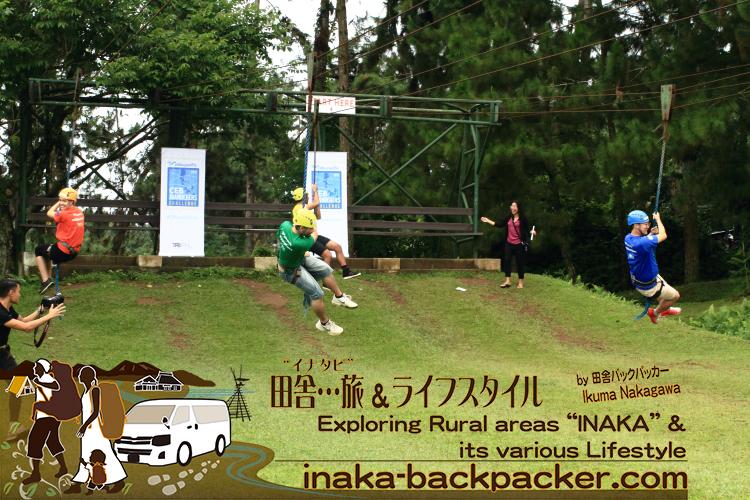 """フィリピン・ダバオ島での""""空中""""チャレンジ対決。日本チーム断トツで一位!写真は空中スライダーの「インディ・ジョーンズ」"""