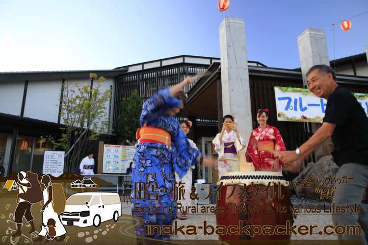 能登・穴水町(石川県) - 「穴水町さわやか交流館プルート」夏祭り。ジャパンテントのみんなに紛れ?!ベッツィーも体験体験。