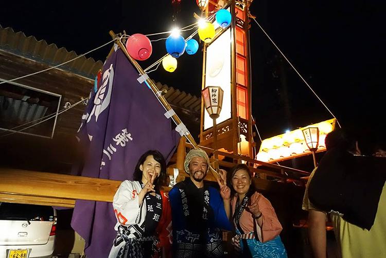 能登・穴水町岩車のキリコ祭りに、はるばる東京から能登へ飛び、参加してくれた元同僚の川勝さんと神谷さん。ありがとう!