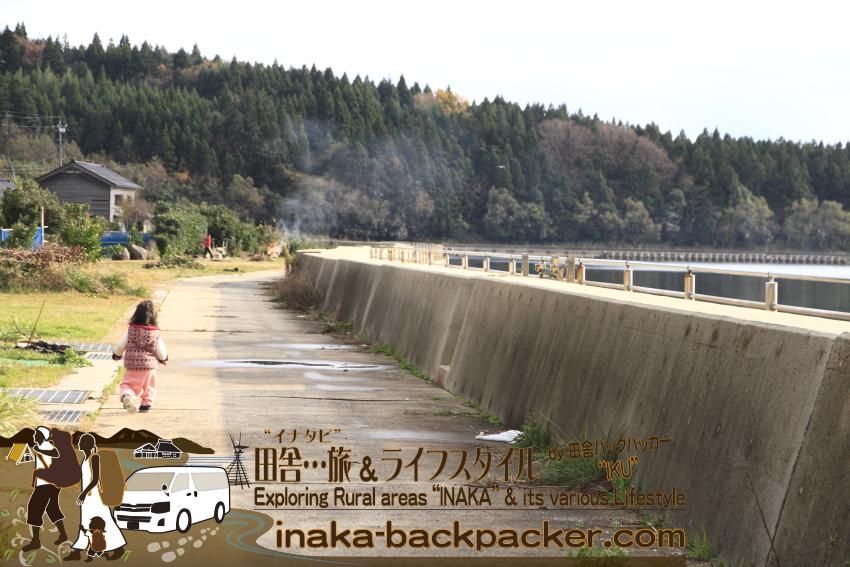 能登・穴水町岩車(石川県) - 「こっちこっち」と行ってしまう。