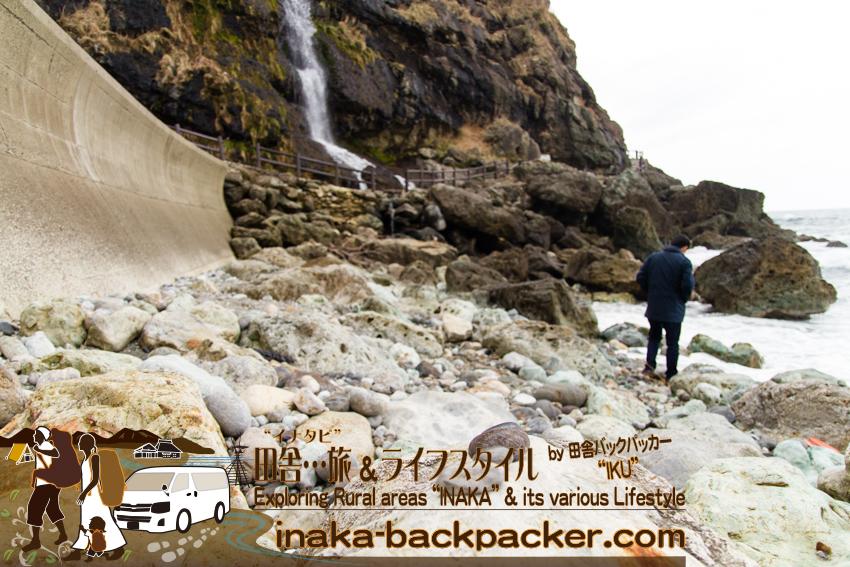 荒れる能登 荒い波 石探す旅 能登の石 great looking rocks stones
