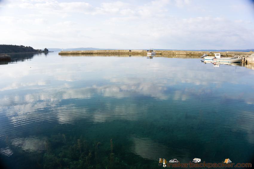 能登 穏やかな漁港 岩車 quiet ocean japan gulf harbour