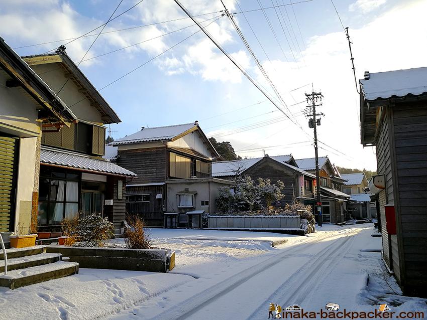 穴水町 岩車 集落 雪景色