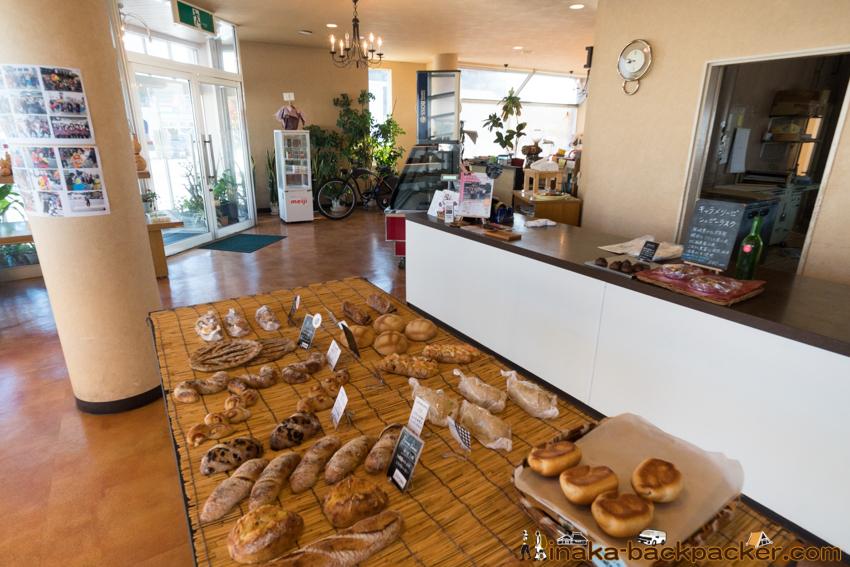 bakery in Anamizu Ishikawa Japan 穴水町 パン屋 メルヘン