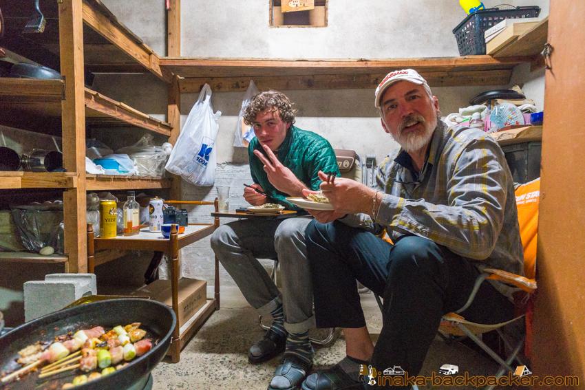 oyster fisherman cultural experience in Anamizu Ishikawa 石川県 穴水町 文化 田舎体験 牡蠣 水揚げ体験