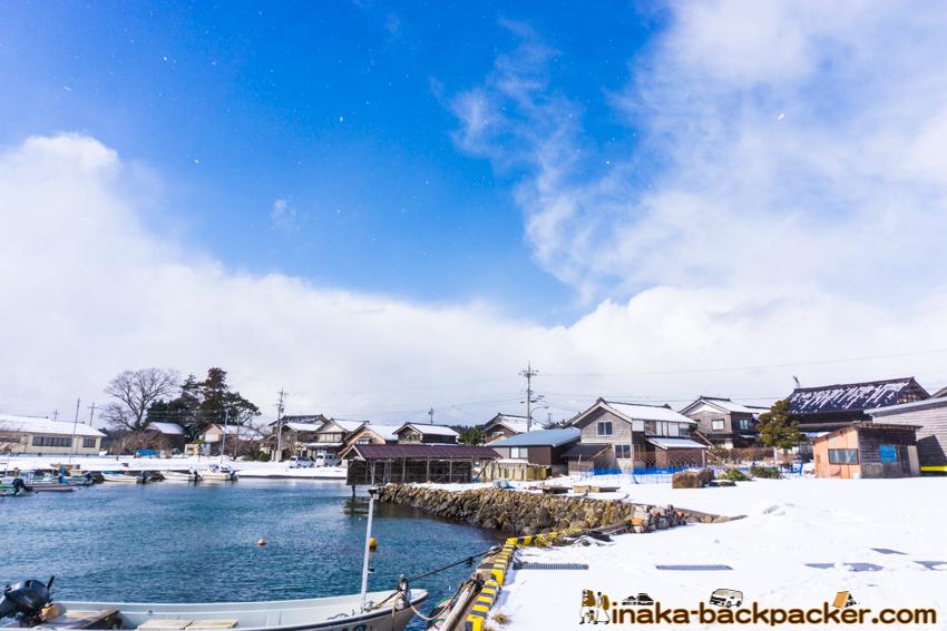 冬 穴水町 岩車 漁港 雪景色