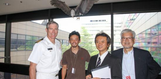 アメリカ大使館 白頭大鷲 贈呈 ペーパークラフト 穴澤郁雄