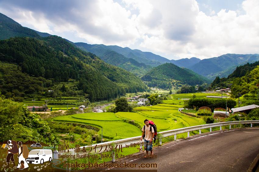 上勝町 もくもくもく 人生いろどりロケ地 上勝町 全体撮影 tokushima kamikatsu backpacker japan