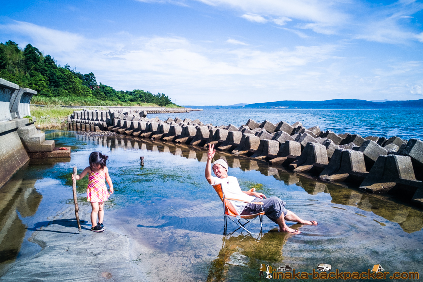 private beach in ishikawa noto 穴水町 海で仕事 執筆作業
